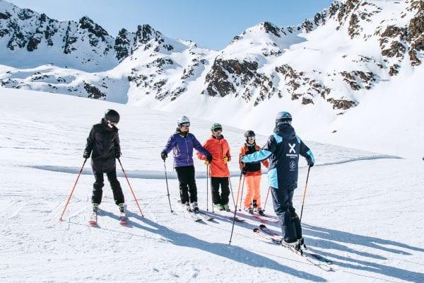 Adults ski school